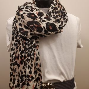 Animal print linen scarf